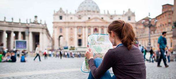 Con estas ayudas podrás realizar un curso de posgrado en el extranjero