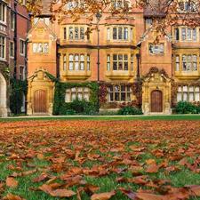 Aprender inglés en Cambridge supone estudiarlo en un estupendo ambiente universitario