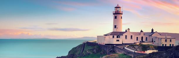 Dentro de las mejores opciones para aprender inglés en verano está Irlanda