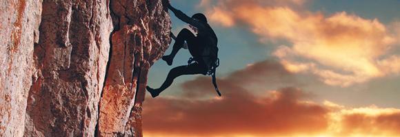 Todo destino que incluya acantilados es un paraje ideal para todo amante de la aventura