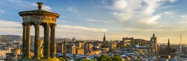 No tan conocido pero existen muchas aprender inglés en Edimburgo en lugar de en Londres