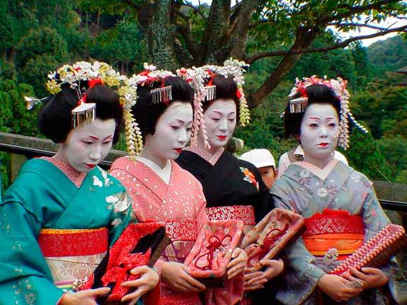 japon_geishas