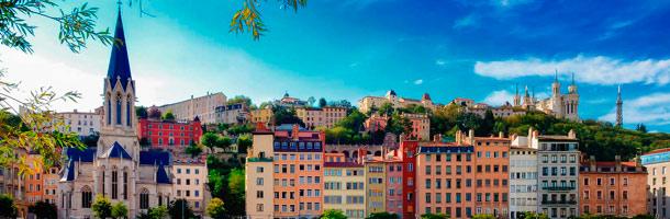 Dentro de las ciudades para aprender francés a recomendar está Lyon