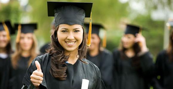 Las mujeres aprenden idiomas más rápido que los hombres por diversos motivos
