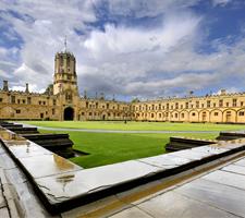 La vida estudiantil de Oxford favorece el aprendizaje del inglés