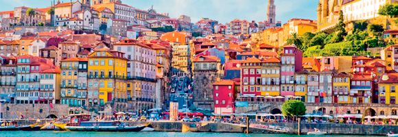 Existen muchas razones por las que aprender portugués. Una de ellas viajar a Portugal como es debido