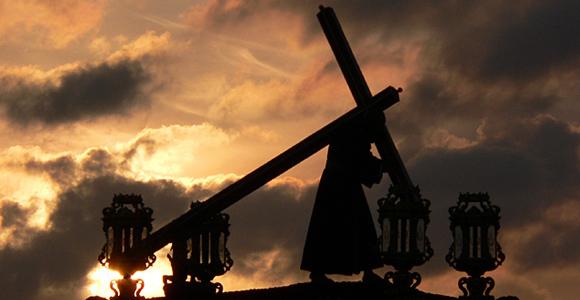 En Toledo y Sevilla se celebra la Semana Santa de una forma especial